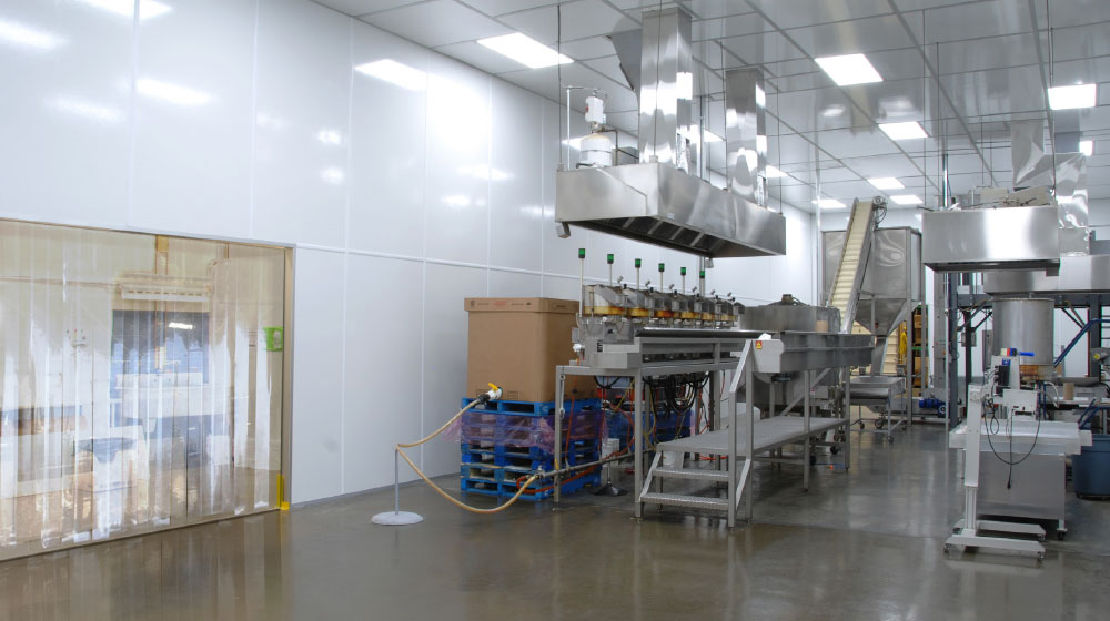 Clean Rooms Plus Solutions SAFER FOOD PRODUCTION ENVIRONMENTS